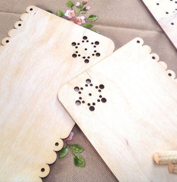 wooden placemats from dowry collection with flower design